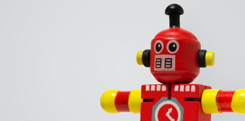 Omarm de robot en laat de mens hem controleren